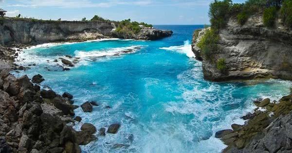 Pemandangan Laut Pulau Nusa Lembongan