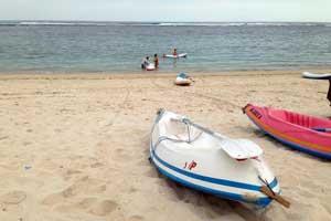 Bermain Kano Di Pantai Pandawa