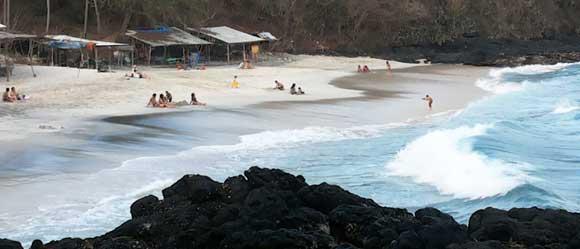 pantai bias tugel padangbai karangasem