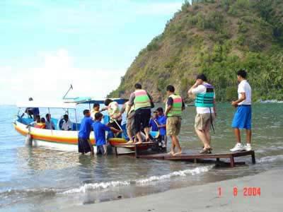 perahu untuk naik kapal selam di Bali