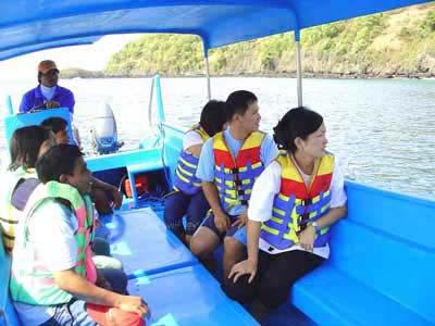 boat to submarine bali