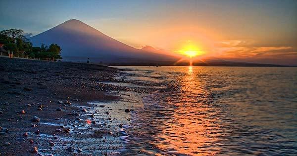 Sunrise Pantai Amed Karangasem