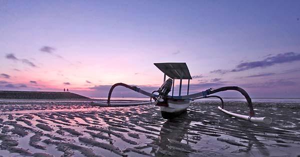 Pemandangan Sunrise Di Bali