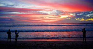 Pemandangan Sunset Pantai Legian Bali