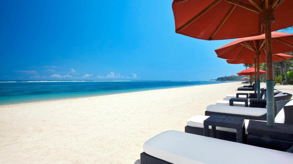 Objek Wisata Pantai Geger Nusa Dua