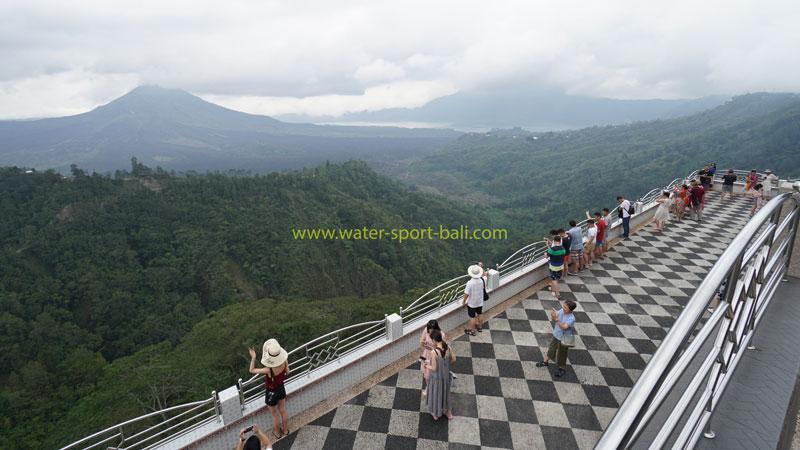 Pemandangan Gunung Batur Dari Restoran Di Kintamani