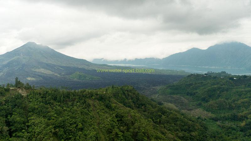 Pemandangan Gunung Batur Kintamani Di Siang Hari