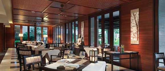 Tata Ruang Restoran East Lobby Lounge