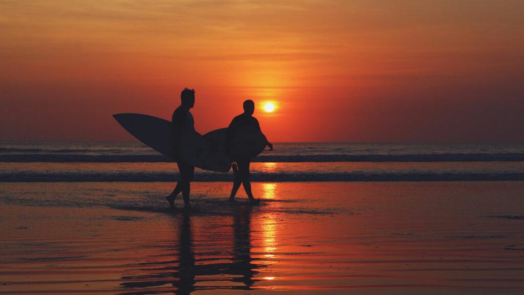 Pemangan Sunset Di Pantai Kuta Bali