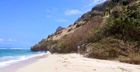 pantai tersembunyi di Bali selatan