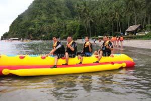 Banana Boat Labuhan Amuk Karangasem