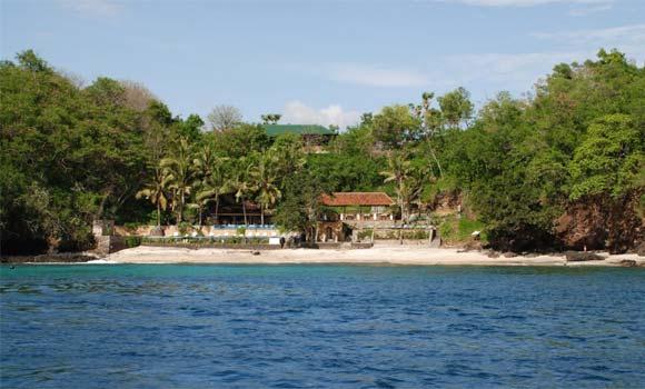Pantai Blue Lagoon Karangasem