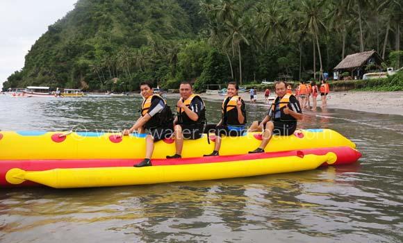 Permainan Banana Boat Di Bali