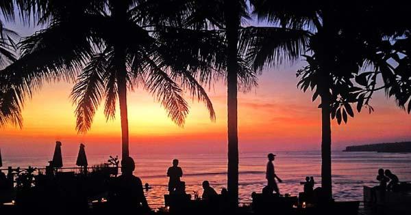 Sunset Pantai Dreamland