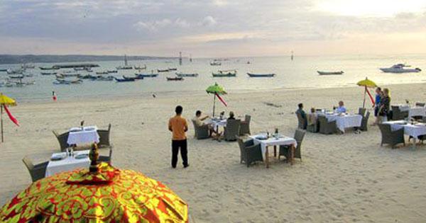 Bawang Merah Beach Restoran