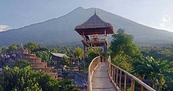 Rumah Pohon Tulamben