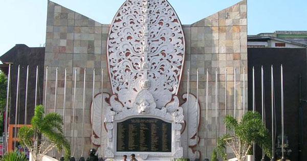 Monumen Ground Zero - 10 Aktivitas Dan Kelebihan Kuta Untuk Liburan Keluarga Di Bali