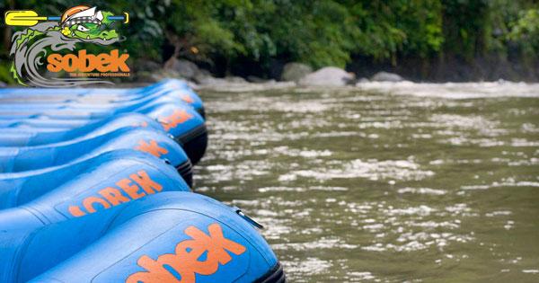 Perahu Karet Sobek Rafting Bali