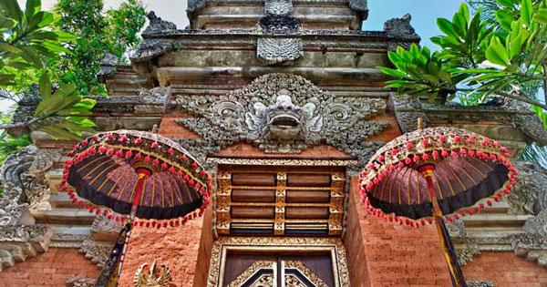 Puri Saren Ubud Bali