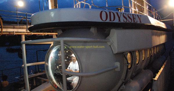 Kapten Odyssey Submarine Bali
