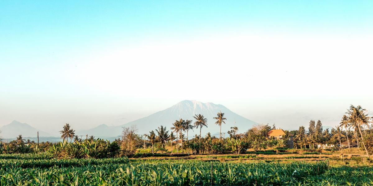 Pemandangan Gunung Agung Di Karangasem Bali