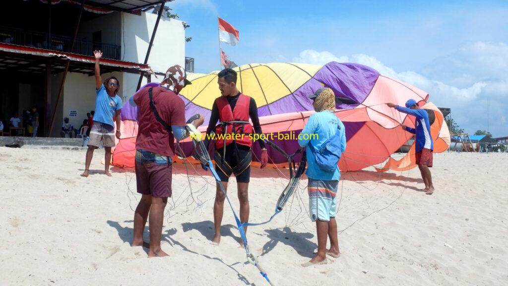 Parasailing Salah Satu Pilihan Permainan Tanjung Benoa Watersport