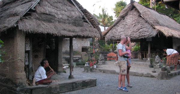 Wisata Rumah Asli Bali