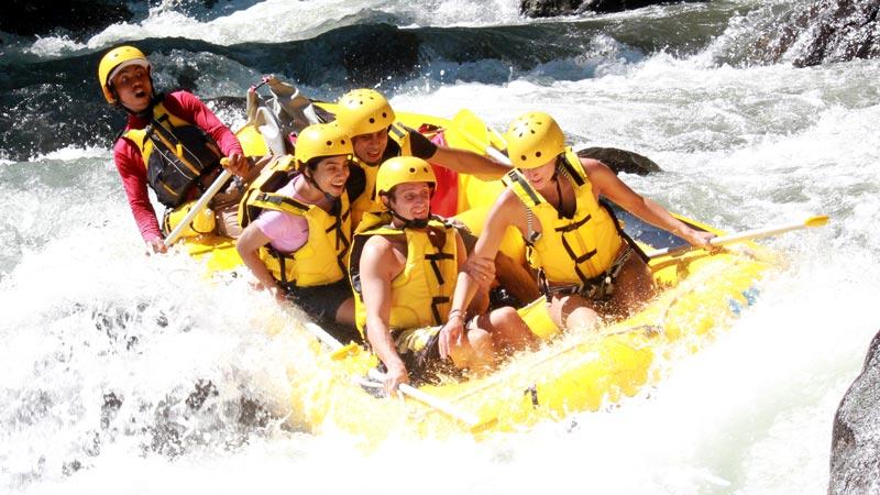 Jeram Sungai Kelas 4 Untuk Rafting