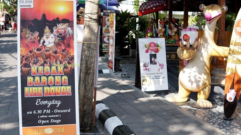 Nonton Tari Kecak Bali